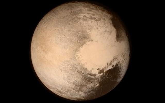 scientists seeking to restore Pluto to planet hood
