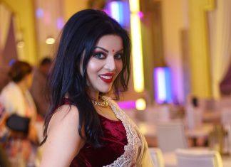 I find Silk sarees really timeless and regal: Sushmita Dewanji